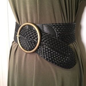 Forever 21 wide black woven belt XS/S